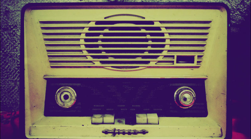 blog-old-purplish-radio
