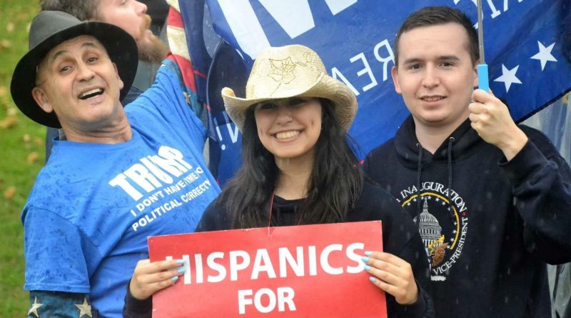 HispanicsForTrump2017